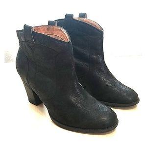 Clark's Indigo black leather boots size 8